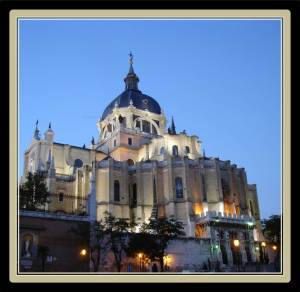 The Cathedral of La Almudena was consecrated by Pope John Paul II (photo from commons.wikimedia.org )