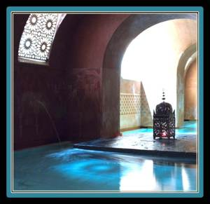 Madrid can be frenetic and it can be a very noisy city. This Arab bath house is an centenary oasis in the middle of the city's urban jungle. Hammam Al Andalus is 10 minutes walking from VillaJardines (photo from hammamalandalus.com)