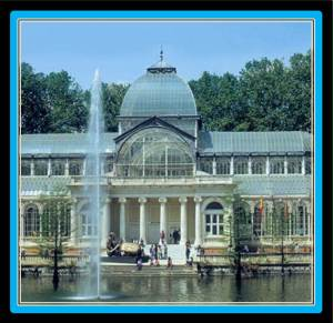 El Retiro Park is 15 minutes away from VillaJardines (photo from inmadrid.org)