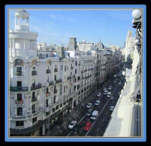 The best is the stunning 360º view of the elegant buildings in the Gran Via (photo from tripadvisor.es)