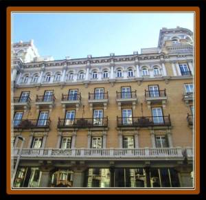 De las Letras Hotel is located in a residential building built at the end of 19th Century